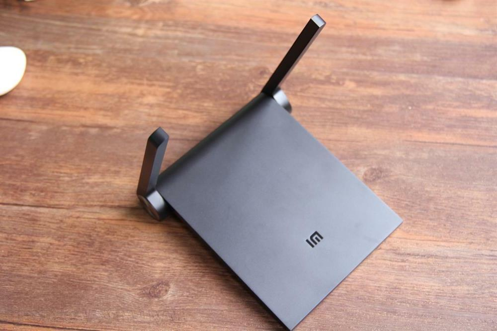 Portable Mini WiFi Router Dual 1167Mbps Wall